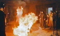 Der Thron des Feuer in Action ...
