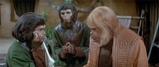 Zira (Kim Hunter), Cornelius (David Watson) und Zaius (Maurice Evans)