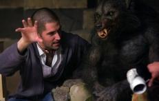 Drew Goddard instruiert einen Werwolf ...
