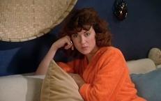 Nora Elmer (Lea Massari)