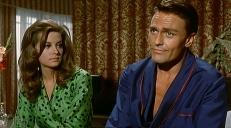 Denise (Fabienne Dali) und Martin (Roger Browne)