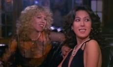 Barbara (Cindy Leadbetter) und ihre Freundin (Annamaria Clementi)