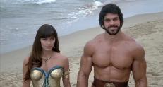 Circe (Mirella D'Angelo) und Herkules (Lou Ferrigno)