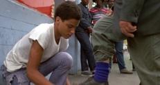 Der junge Tommy Gibbs (Omer Jeffrey)