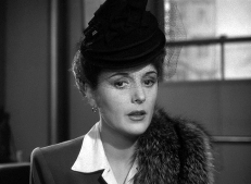 Brigid O'Shaughnessy (Mary Astor)