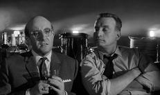 Präsident Muffley (Peter Sellers) und General Turgidson (George C. Scott)