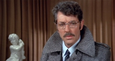 Inspektor Capuana (Farley Granger)
