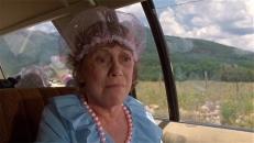 Tante Edna (Imogene Coca)