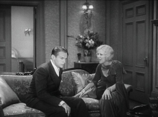 Joe Massara (Douglas Fairbanks Jr.) und Olga Stassoff (Glenda Farrell)