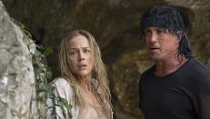 Sarah Miller (Julie Benz) und John J. Rambo (Sylvester Stallone)
