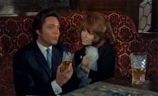 Baron Brack (Michel Lemoine) und Vera Lagrange (Janine Reynaud)